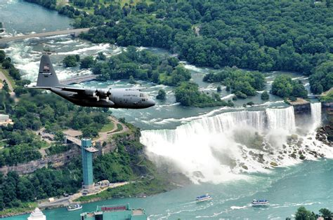 Temporary Wall by News Update Plan To Turn Off Niagara Falls On Hold