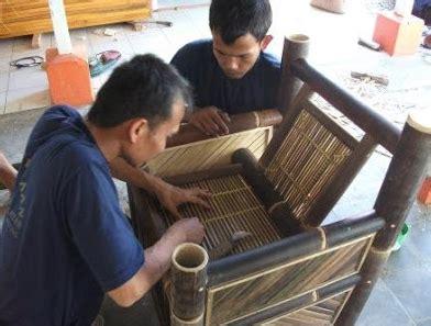 Kerajinan Besi Bentuk Sapi Cara Membuat Kursi Dari Bambu Moderen Keahlian Tangan