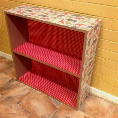 Decoupage Bookshelf - 17 best images about decoupage bookshelf on