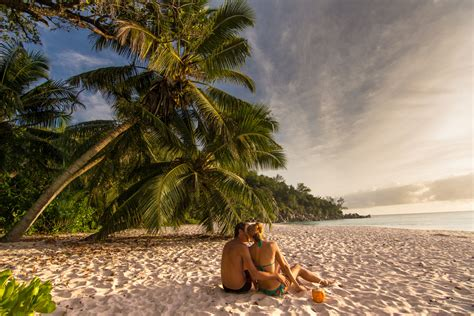 top 6 destinations for couples travel up
