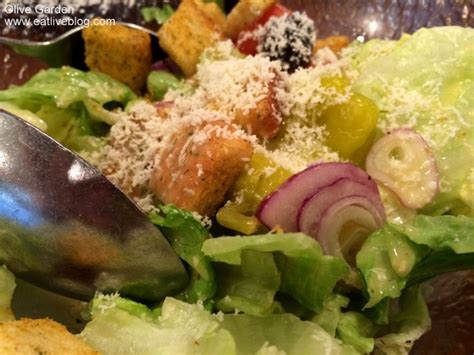 Does Olive Garden Serve by That S Right I Eat At The Olive Garden And I Like It
