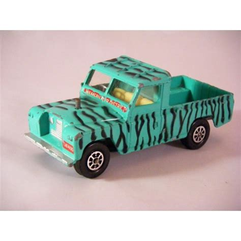 land rover daktari corgi daktari land rover safari pickup truck global