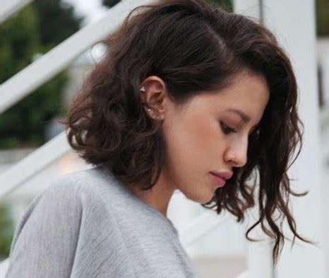 cortes para cabello ondulado y cara ovalada cortes de pelo para cabello ondulado