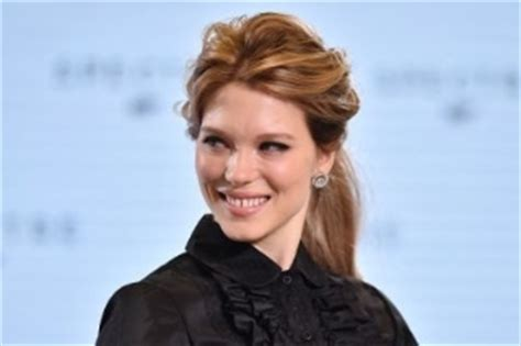 french film girl obsessed doctor l actrice l 233 a seydoux