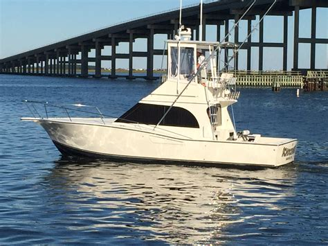 32 albemarle boats for sale 32 albemarle convertible with only 800hrs the hull
