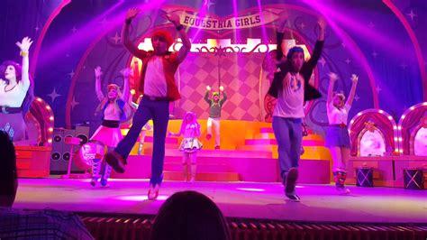pony show en vivo  bailar youtube