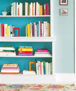 Paint Bookshelves Decorating Bookshelves 12 Helpful Tips Ideas