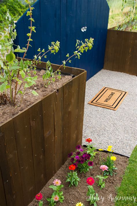 Fence With Planter Box by Planter Box Fence Risenmay