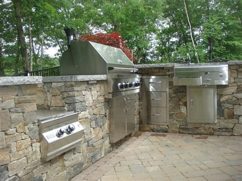 Stone Veneer on Outdoor Living Projects   Old Station