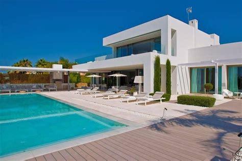 villa zum kaufen moderne luxusvilla kaufen emphit