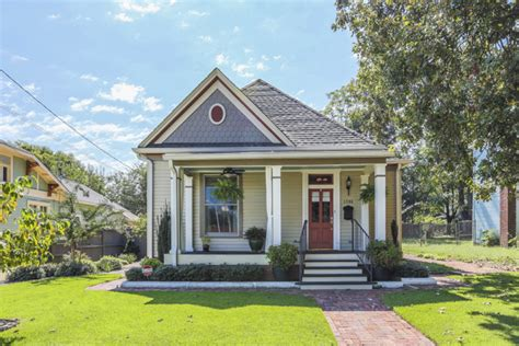 historic homes for sale in highland park