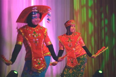 Gantungan Kunci Oleh Oleh Dari Negara Republik Ceko mahasiswa indonesia di rusia gelar festival budaya nusantara di moskow russia beyond