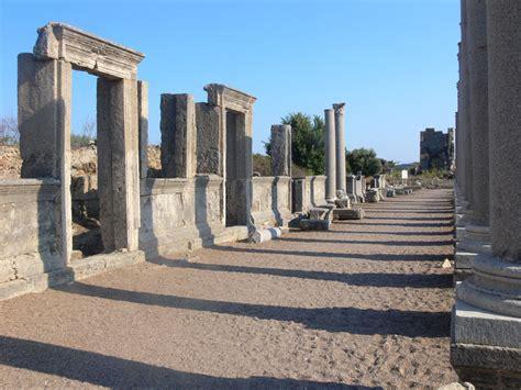 perge antik kenti antalya deretepenet