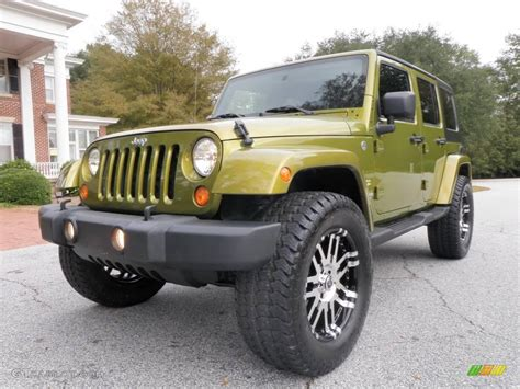 jeep sahara green 2007 rescue green metallic jeep wrangler unlimited sahara