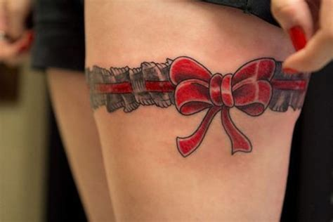 15 gorgeous garter tattoos