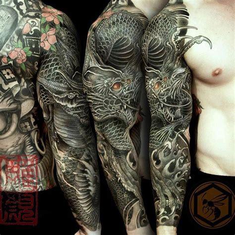 tattoo japanese dragon black japanese traditional dragon tattoo draken pinterest