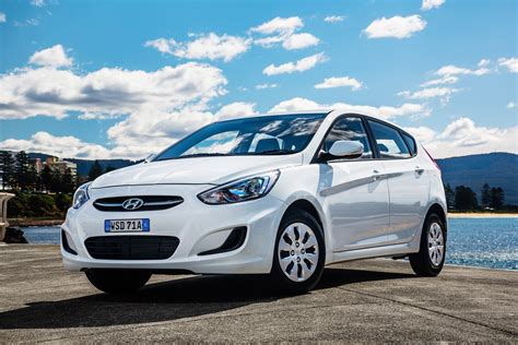 Hyundai Accent Specifications by 2015 Hyundai Accent Pricing And Specifications Photos 1