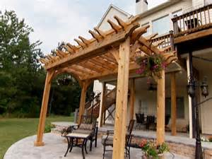 Building Pergolas by How To Build A Garden Pergola How Tos Diy