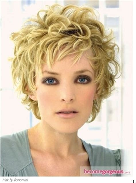 hairstyles for curly hairs in summer 35 summer hairstyles for short hair popular haircuts