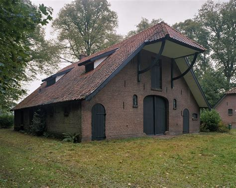 schuur woonbestemming boerderij van het hallehuistype in deurningen monument