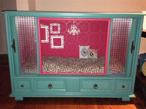 puppy crate in bedroom or not best 25 tv dog beds ideas on pinterest old tv consoles