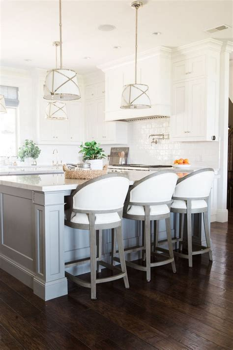Best Bar Stool Brands by Best 25 Upholstered Bar Stools Ideas On