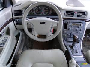 2002 Volvo S80 Interior Taupe Lighttaupe Interior 2002 Volvo S80 2 9 Photo