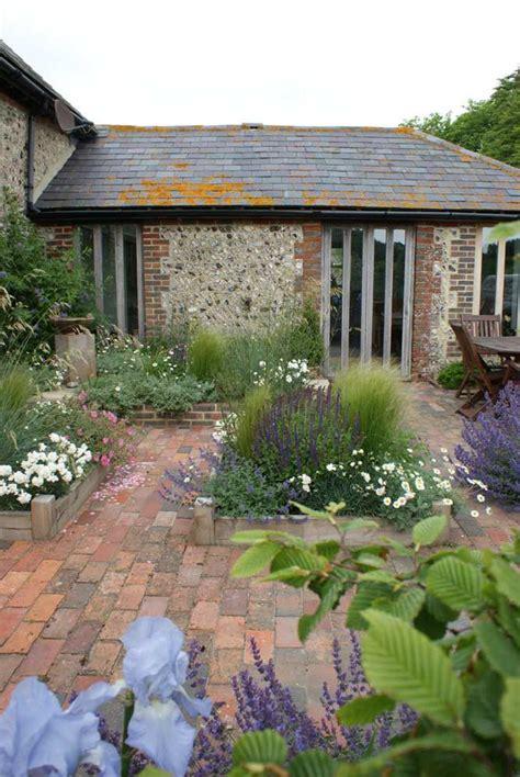 nigel  philips garden design professional landscape