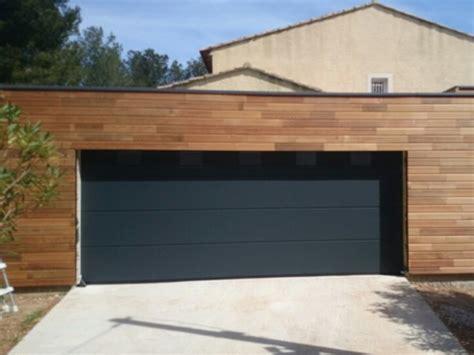 largeur porte de garage pour 2 voitures porte de garage sectionnelle grande largeur