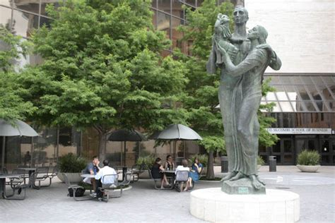 Mccombs Mba Global Connections by Mccombs Recognized For Teaching Social Ethics