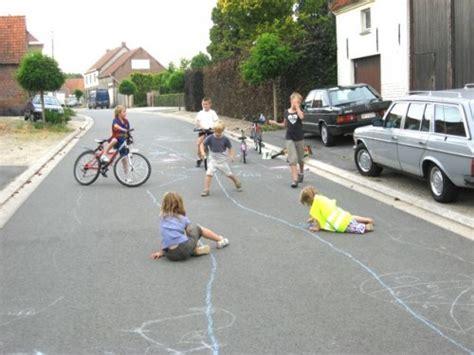 imagenes de niños jugando futbol en la calle silvia cazoll asociados tendencias ni 241 os free range