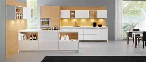 cuisine moderne kanto leicht avec meubles supendus photo cuisine leicht le catalogue 15 photos