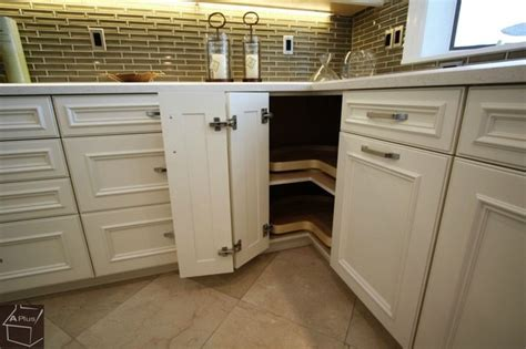 kitchen corner cabinet options what are my storage options in corner base cabinets when
