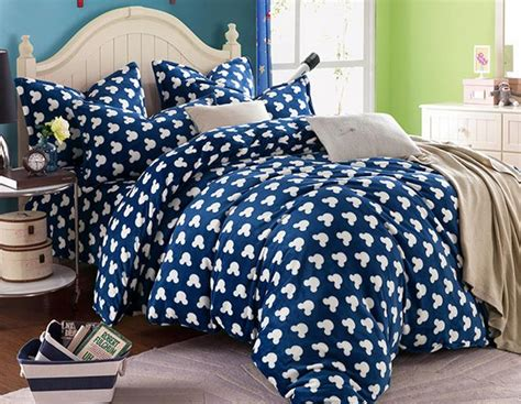 mickey mouse comforter set full plush mickey mouse bedding sets queen full size fleece