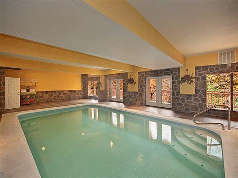 Pigeon Forge Cabin Rentals With Indoor Pool by Gatlinburg Tn And Pigeon Forge Cabin Rentals In The Smoky