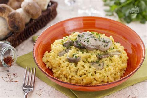 decorare risotto ricetta risotto ai porcini e zafferano la ricetta di