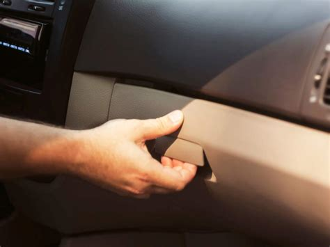8 Things To Keep In Your Glove Box by 5 Glove Box Essentials For Beginner Drivers Reader S Digest