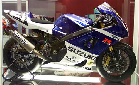 Suzuki Gsxr 750 India Suzuki Gsx R750 Amazing Pictures To Suzuki Gsx