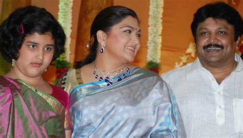 actor kushboo height prabhu daughter aishwarya wedding kushboo at actor
