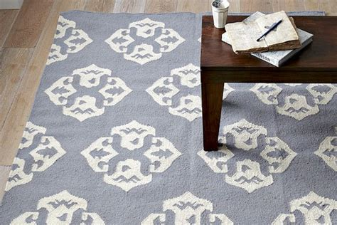 west elm andalusia rug andalusia dhurrie rug lust list stylebistro
