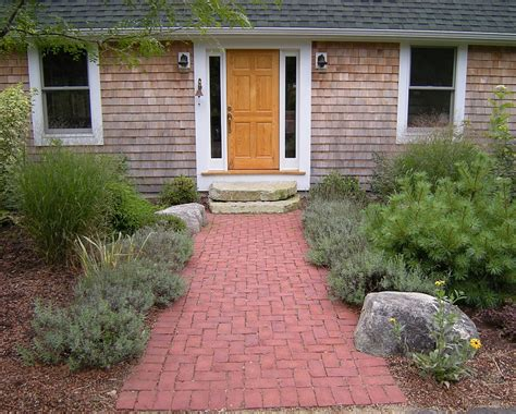 Design Ideas For Brick Walkways Brick Walkways And Patios