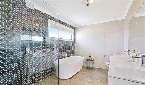 desain dinding kamar hotel 32 model kamar mandi hotel mewah minimalis terbaru 2018