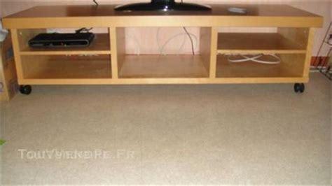 Beau Meuble Tv Ikea Roulettes #2: mobilier-maison-meuble-tv-bas-a-roulette-ikea-8.jpg