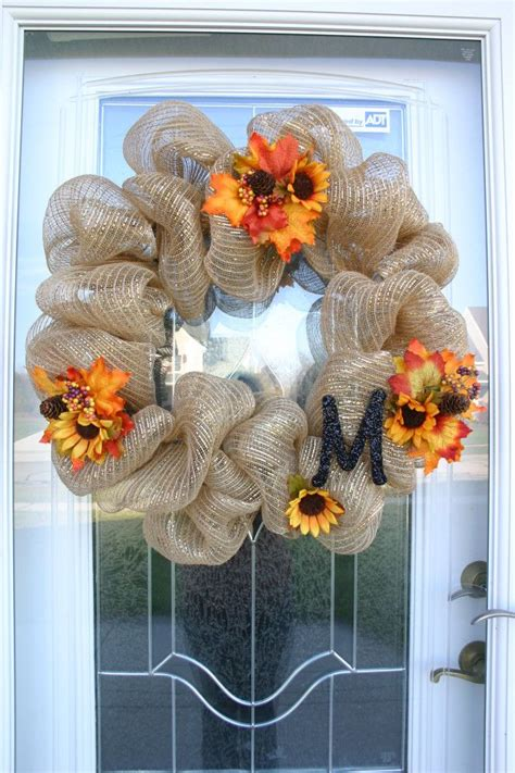 How To Make Mesh Wreaths For Front Door How To Make A Mesh Wreath 30 Diys With Guide Patterns