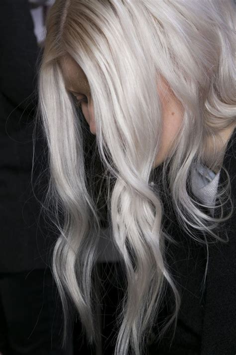 platinum gray ombre hairstyles grey hair makeovers photos short hairstyle 2013
