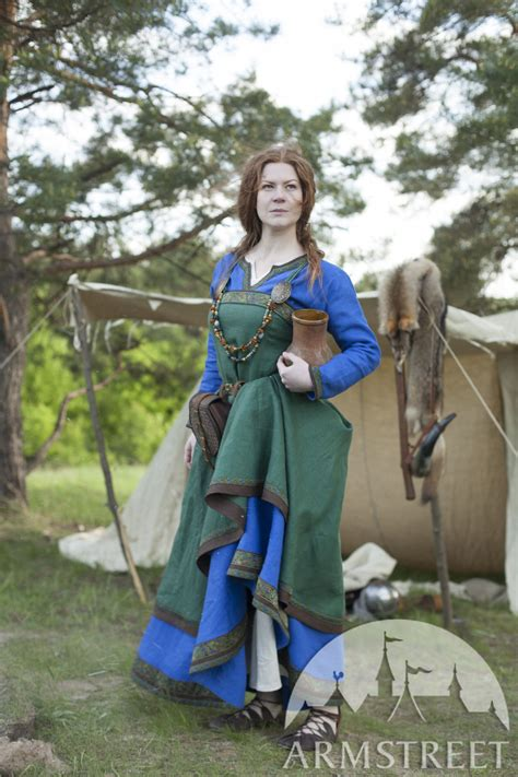 ancient viking dress and apron quot ingrid the hearthkeeper