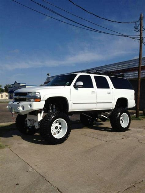 chevrolet suburban lifted chevy suburban lifted imgkid com the image kid has it