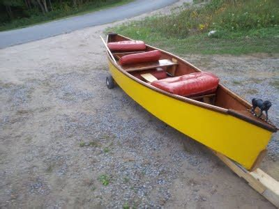 Handcrafted Canoes - handmade canoes
