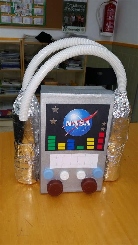 astronauta de material reciclado mi clase es divertida materiales para hacer el disfraz de