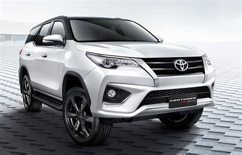 Home Bar Interior Design by 2018 Toyota Fortuner Specs Engine Options And Price